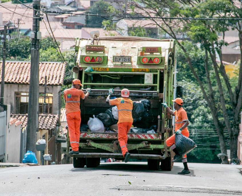 Dustmen and rubbish